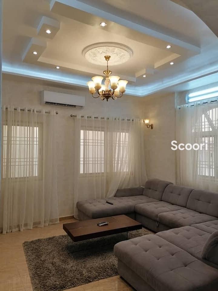 villa-meublee-de-5-chambres-et-salon-sanitaires-a-louer-calavi-arconville-big-2