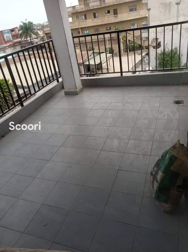 appartement-de-03-chambres-salon-a-fidjrosse-aibatin-big-4
