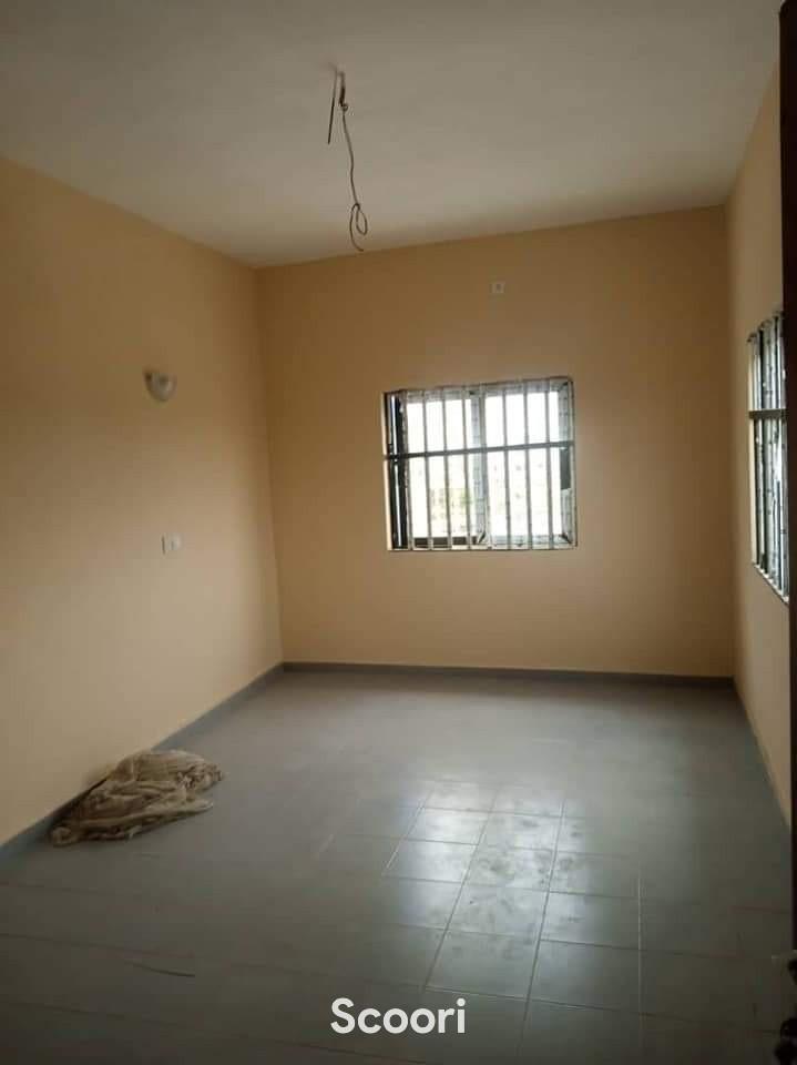 appartement-de-03-chambres-salon-a-fidjrosse-aibatin-big-1
