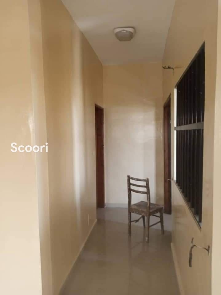 appartement-de-03-chambres-salon-a-fidjrosse-aibatin-big-2