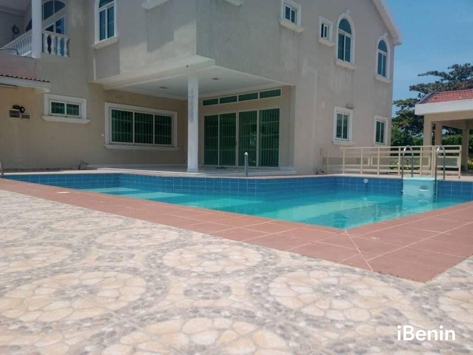 a-louer-villa-duplex-avec-piscine-de-haut-standing-a-akpakpa-big-2