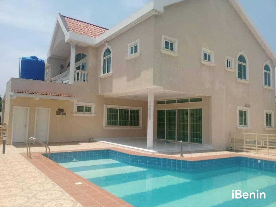 a-louer-villa-duplex-avec-piscine-de-haut-standing-a-akpakpa-big-1