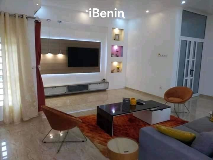 villa-triplex-meublee-de-5-chambres-et-2-salons-sanitaires-avec-piscine-big-0